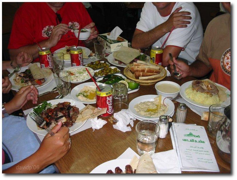 Comiendo en un restaurante en Amman