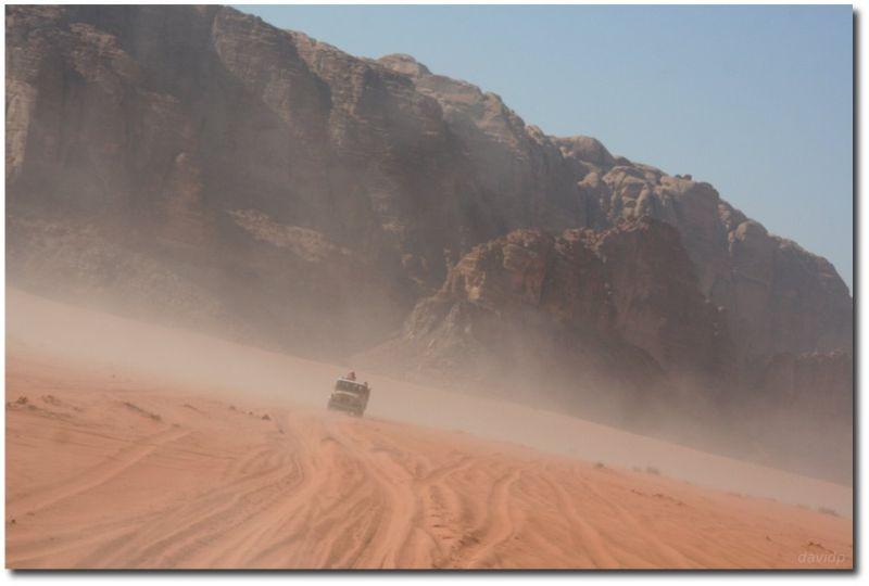 Excursion en 4x4 por el desierto de Wadi Rum